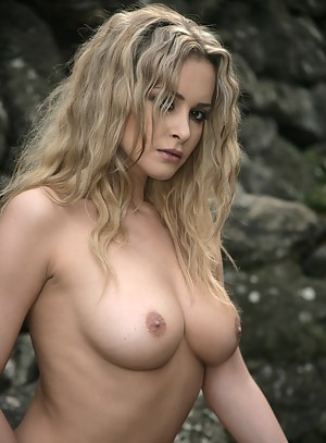 Nude Girls Beauty Porn Pictures