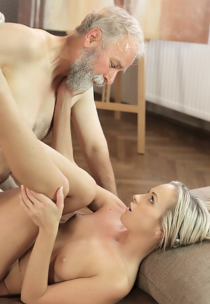 Nude Girls Hardcore Porn Pictures