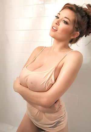 Nude Busty Girls Porn Pictures
